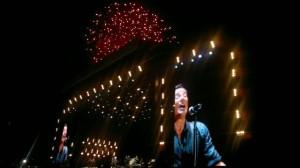 Bruce Springsteen under avslutningen av Isle of Wight-festivalen 2012