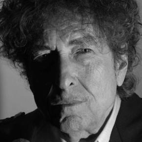 Tom S' fire Ess: Sangeren Dylan