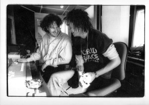 Jørn Christensen og Hågen Rørmark i 1995, da debutalbumet til Hågen, Mondo Cane, ble produsert (foto: Agnete Brun)