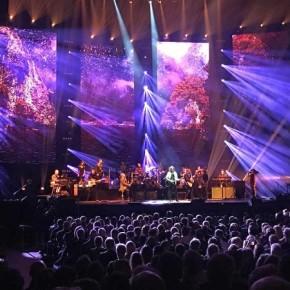Det elektriske orkesteret lyste opp Oslo Spektrum